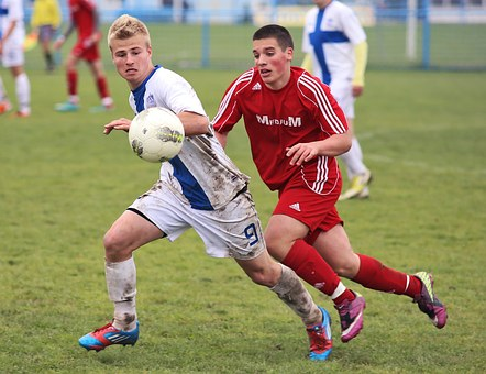 Fall Sports: The Importance of Mouthguards